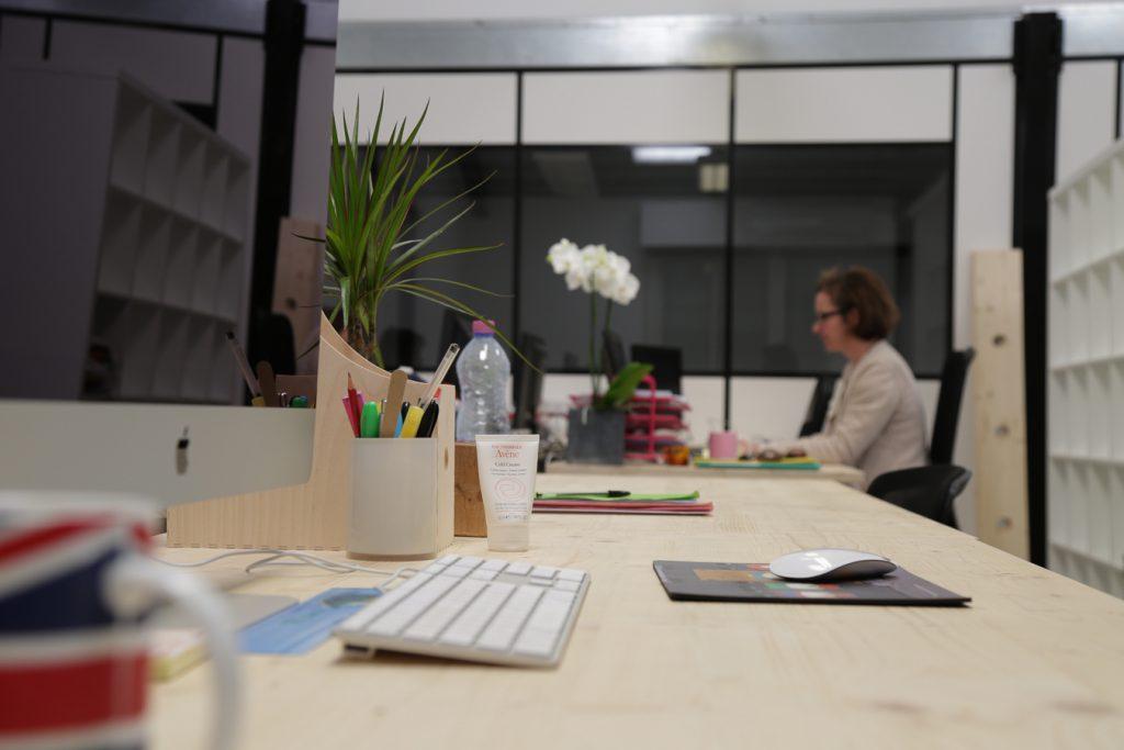 ambiance de travail coworking à Biarritz